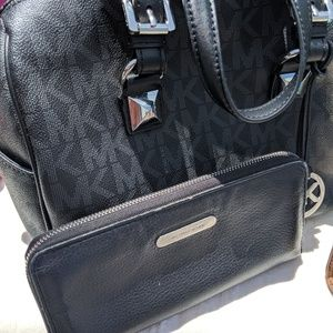 Authentic Micheal Kors Satchel Bag and Wallet